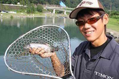 夏の管理釣り場の攻略。
